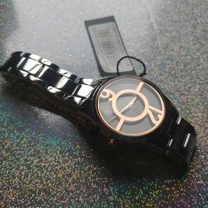 Kenneth Cole modern watch
